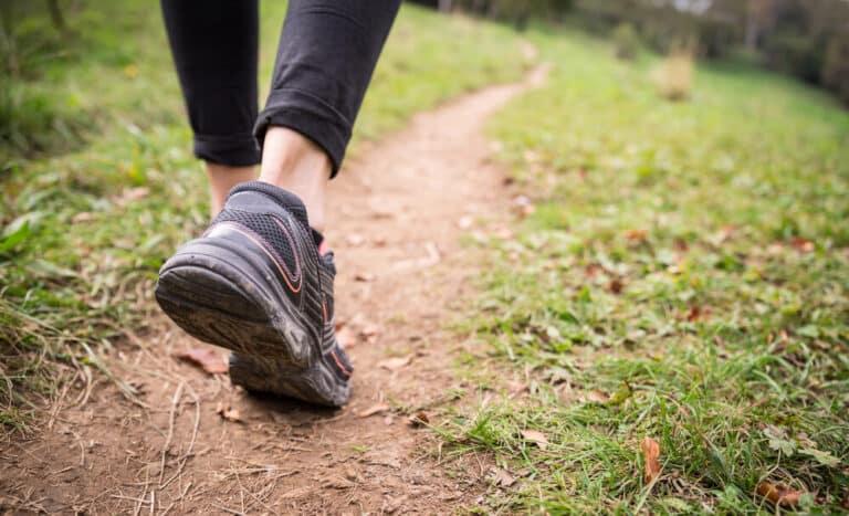 יתרונות בריאותיים בהליכה